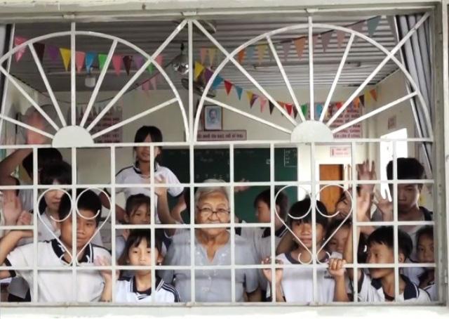 Lớp học tình thương hơn 20 tuổi của bà giáo về hưu - Ảnh 1.