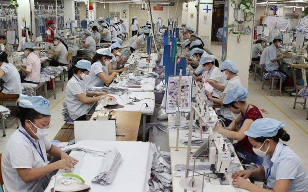 IMF: Kinh tế Việt Nam sẽ phục hồi mạnh trong năm 2021 - Ảnh 1.