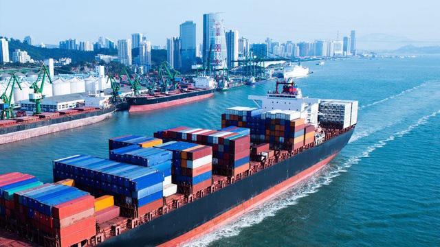 Chi phí vận tải hàng hóa quốc tế tăng đột biến - ảnh 2