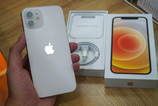 Giá iPhone 12 xách tay liên tục giảm nhưng vẫn đắt hơn máy chính hãng - Ảnh 3.