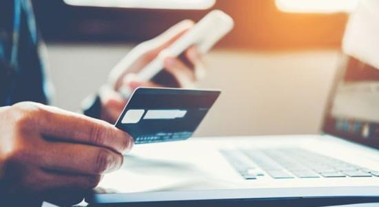 Nhiều ngân hàng cảnh báo thủ đoạn lừa đảo mở thẻ tín dụng giả - Ảnh 2.