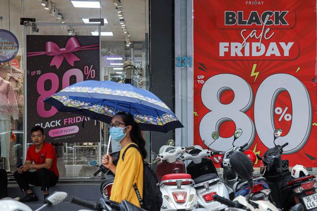 Muôn màu Black Friday thời COVID-19 - Ảnh 1.