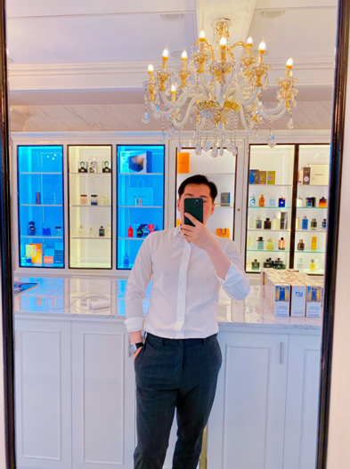 CEO Phạm Công - Chàng trai hàng không dành 8 năm nghiên cứu về nước hoa - Ảnh 2.