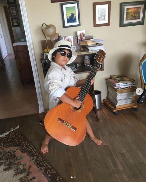 Trái tim phụ nữ: Cậu bé Doruk ngoài đời là một thiên tài âm nhạc nhí? - Ảnh 3.