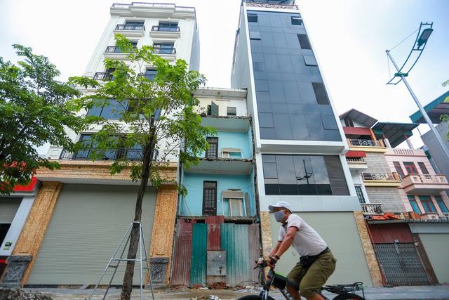 """Lo ngại """"bong bóng"""" bất động sản khi giá nhà đất liên tục tăng - Ảnh 2."""