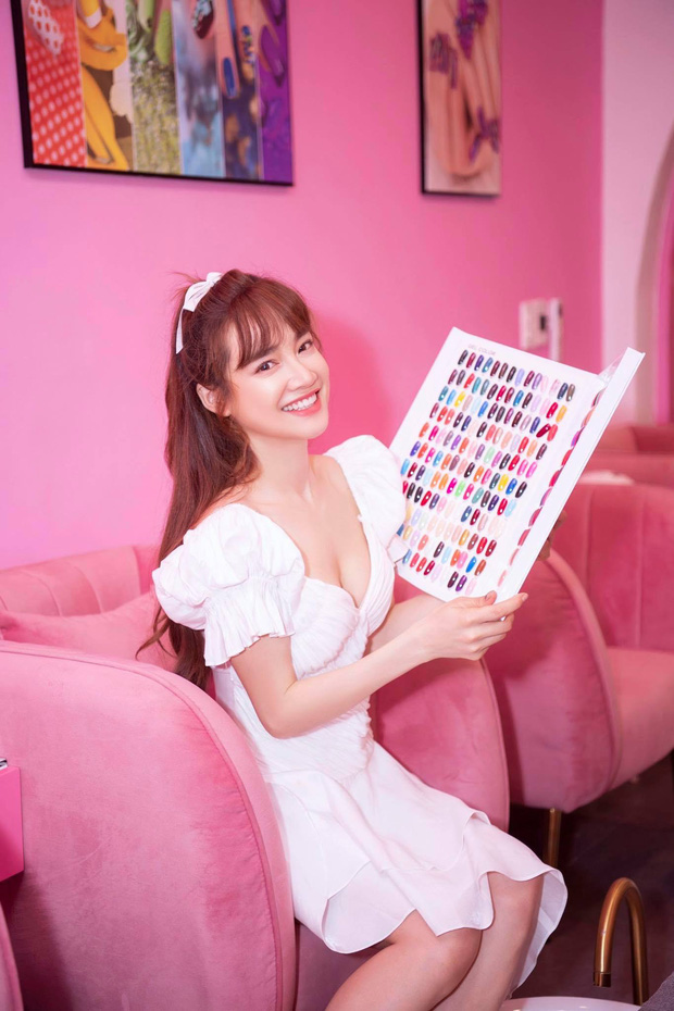Chuộng mốt này, bà bầu Bảo Thanh và mẹ bỉm sữa Nhã Phương xinh đẹp bội phần - Ảnh 13.