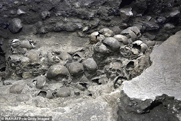 Bí mật rợn người ở tháp đầu lâu Aztec tại Mexico - ảnh 2