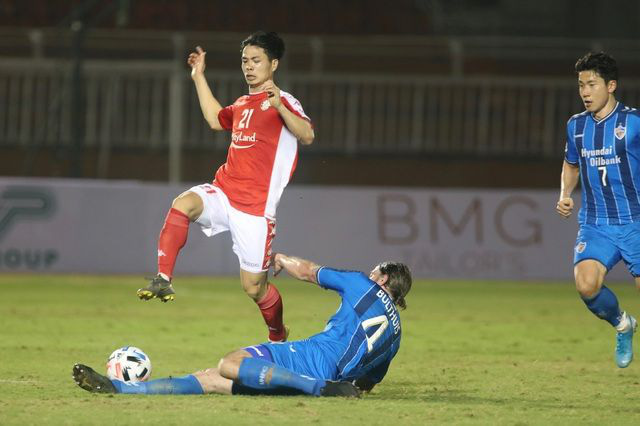 AFC Cup: Công Phượng nhận trọng trách trên hàng công CLB TP Hồ Chí Minh - Ảnh 1.