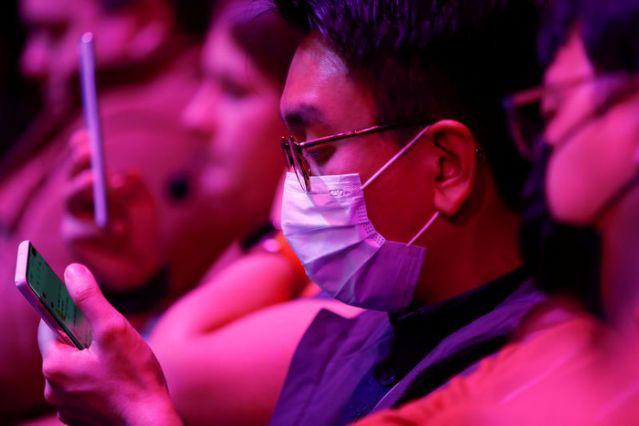 Nhờ Việt Nam, Samsung hạn chế tối đa tổn thương với virus Corona - Ảnh 1.