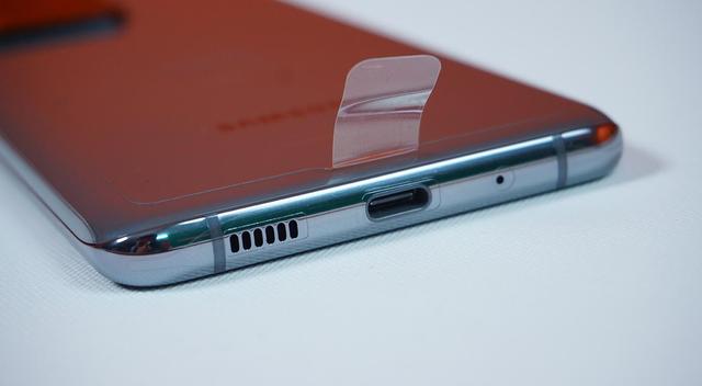 Mở hộp Galaxy S20 Ultra chính hãng giá gần 30 triệu đồng - ảnh 11