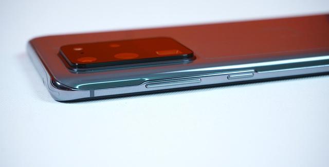 Mở hộp Galaxy S20 Ultra chính hãng giá gần 30 triệu đồng - ảnh 3