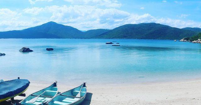Đảo Cá Voi Nha Trang lọt top 10 điểm lặn biển đẹp nhất thế giới năm 2020 - Ảnh 1.