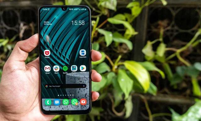 """Samsung ra mắt Galaxy M31 - Smartphone giá rẻ sở hữu pin """"khủng"""" - Ảnh 1."""