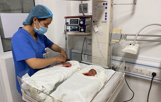 The two babies who received the foetus intervention were delivered successfully and healthily on December 28, 2019.