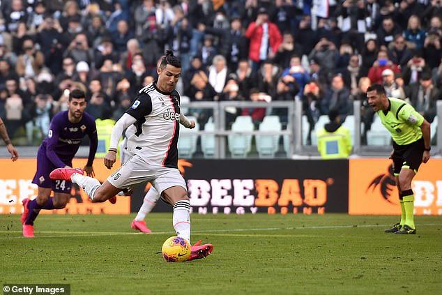 Ghi 1 bàn/trận, Ronaldo vẫn thua kỷ lục gia Serie A - Ảnh 1.