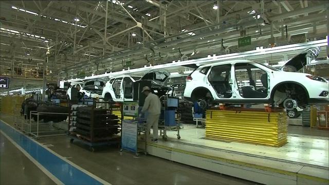 Xuất khẩu ô tô của Hàn Quốc giảm tháng thứ 7 liên tiếp - Ảnh 1.