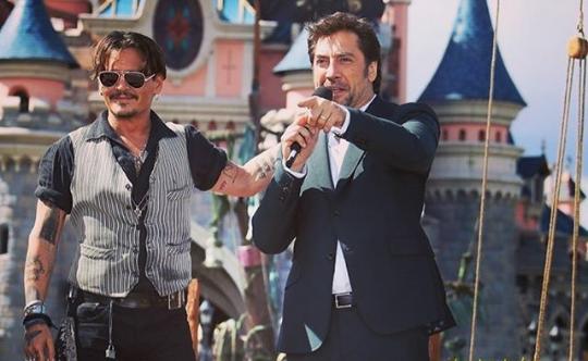 Cuộc chiến giữa Johnny Depp và vợ cũ: Đồng nghiệp nam lên tiếng bảo vệ Johnny - Ảnh 1.