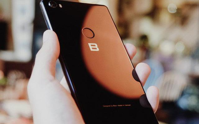 Bphone 4 có tên gọi chính thức là Bphone B86, không có phím bấm - ảnh 1