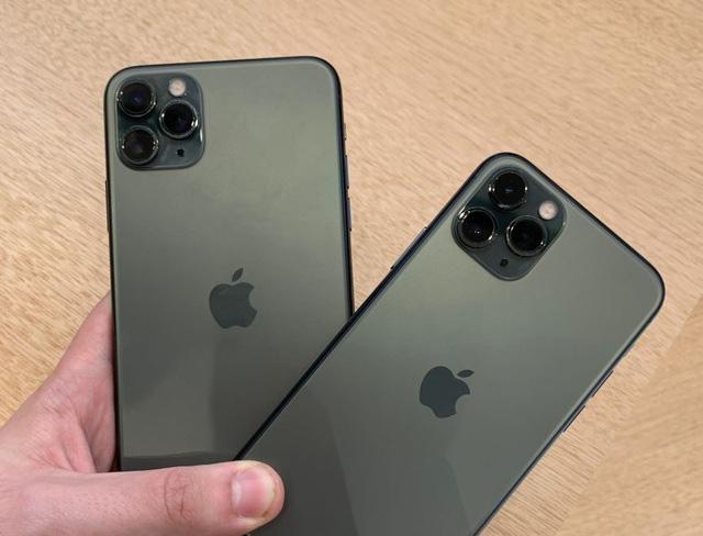 Những smartphone cao cấp và cận cao cấp giảm giá tiền triệu - Ảnh 2.
