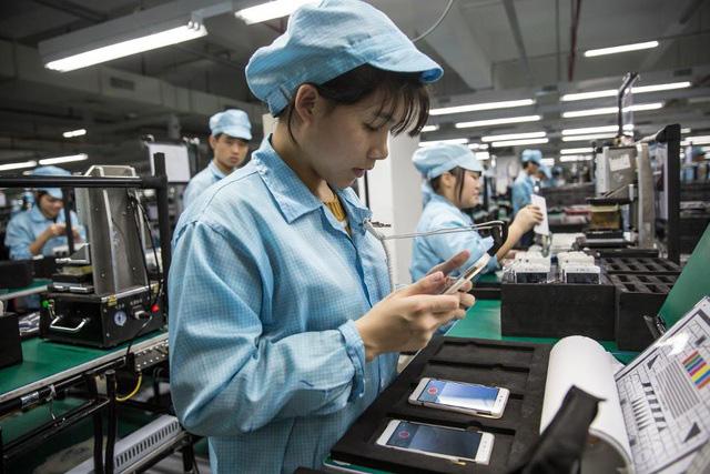 """Ấn Độ và Việt Nam cạnh tranh vị thế """"công xưởng smartphone"""" của Trung Quốc - Ảnh 1."""