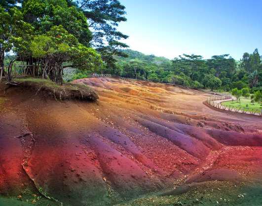 Chiêm ngưỡng những cảnh quan thiên nhiên rực rỡ nhất trên Trái Đất - Ảnh 7.