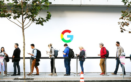 Nhân viên Google sẽ không trở lại công sở trước ngày 1/6 - Ảnh 2.
