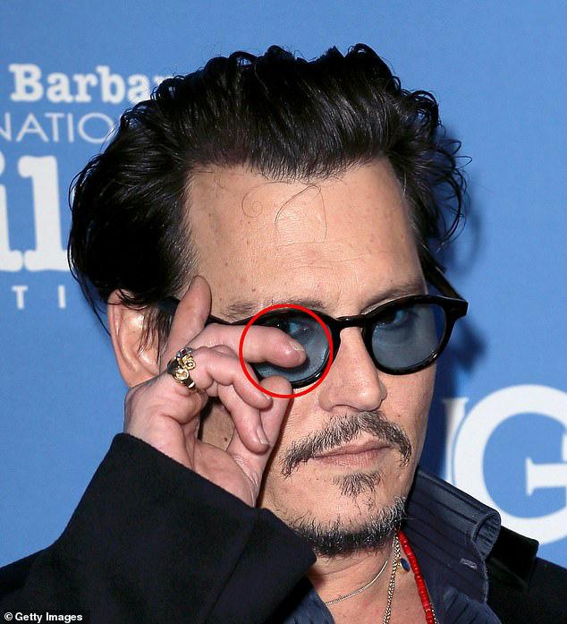 Sự thật về ngón tay bị chém gần đứt của Johnny Depp 5 năm trước - Ảnh 2.