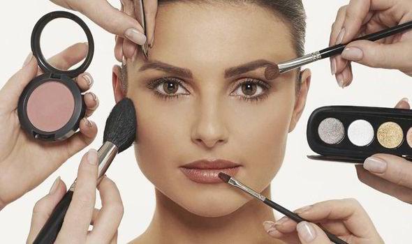 6 điều xảy ra khi làm sạch vùng da mặt - Ảnh 2.