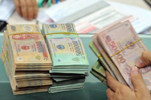 Hơn 320.000 khách hàng đã được ngành ngân hàng miễn, giảm lãi suất - Ảnh 1.