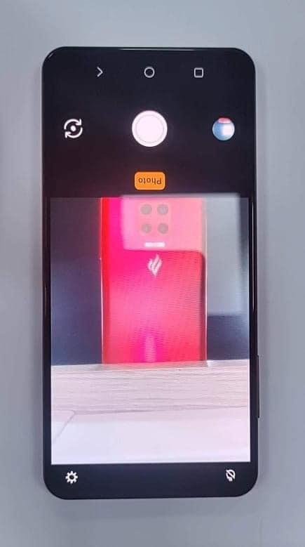Vsmart Lux - Điện thoại tin đồn của VinSmart sẽ ra mắt vào tháng 7? - ảnh 2