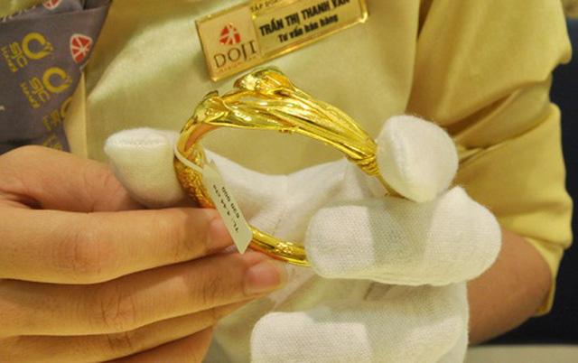 Giá vàng trong nước mất mốc 49 triệu đồng/lượng - ảnh 1
