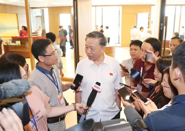 Nghi vấn công ty Nhật hối lộ tại Bắc Ninh: Tạm đình chỉ nhiều lãnh đạo thuế và hải quan - Ảnh 3.