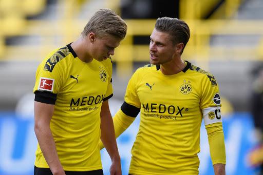 Haaland dính chấn thương sau trận đấu với Bayern Munich - Ảnh 2.