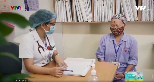Cuộc sống vẫn tiếp diễn: Phòng ngừa dịch COVID-19 cho bệnh nhân ung thư - Ảnh 1.