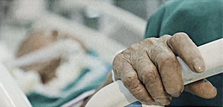 Cặp vợ chồng người Anh nhiễm COVID-19 được điều trị tại Việt Nam: Chúng tôi đã có một hành trình đầy thử thách và sợ hãi! - Ảnh 6.