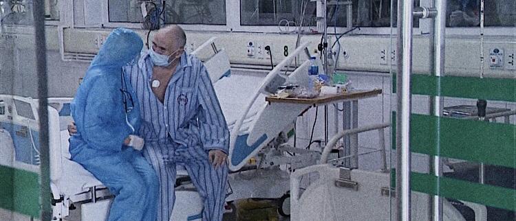 Cặp vợ chồng người Anh nhiễm COVID-19 được điều trị tại Việt Nam: Chúng tôi đã có một hành trình đầy thử thách và sợ hãi! - Ảnh 10.