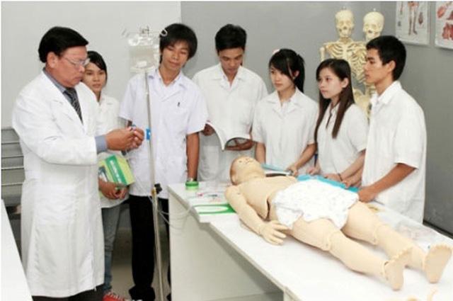 Nhiều trường đào tạo Sư pham, Y khoa thông báo tuyển bổ sung - Ảnh 1.
