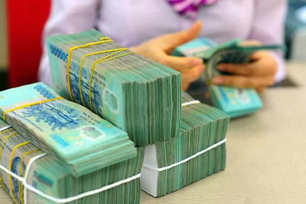 Tiền lương năm 2021 có giảm theo mức thắt chặt ngân sách? - Ảnh 2.