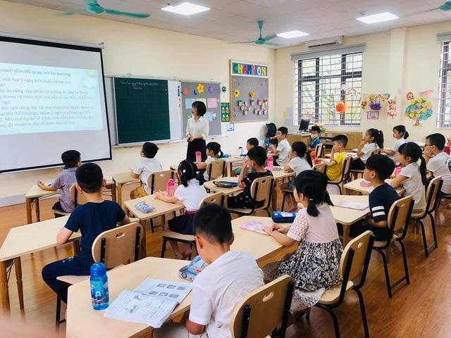 100% giáo viên tiếng Anh ở Hà Nội sẽ phải có chứng chỉ IELTS - Ảnh 1.