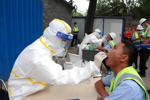 Chủng virus SARS CoV-2 tại Bắc Kinh có thể lây lan mạnh hơn ở Vũ Hán - Ảnh 1.