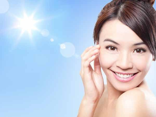 7 sai lầm nghiêm trọng khi chăm sóc làn da dầu vào mùa hè - Ảnh 4.