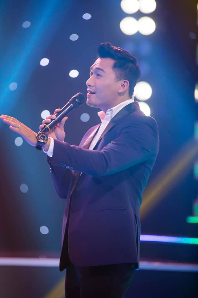 Thi ca hát, diễn viên hài Hữu Tín chiến thắng sát sao trước Xuân Phúc - Ảnh 2.