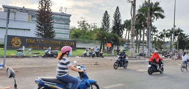 2.786 công nhân Công ty PouYuen Việt Nam bị chấm dứt hợp đồng - Ảnh 2.