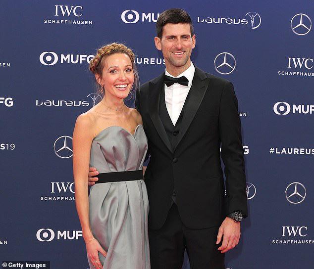 Novak Djokovic và vợ nhiễm COVID-19 - Ảnh 2.