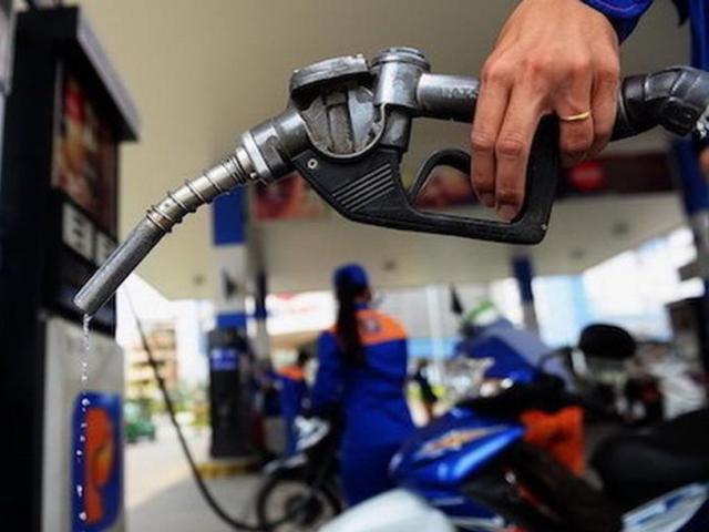 CHÍNH THỨC: Giá xăng tăng lần thứ 4 liên tiếp từ chiều nay (27/6) - Ảnh 1.