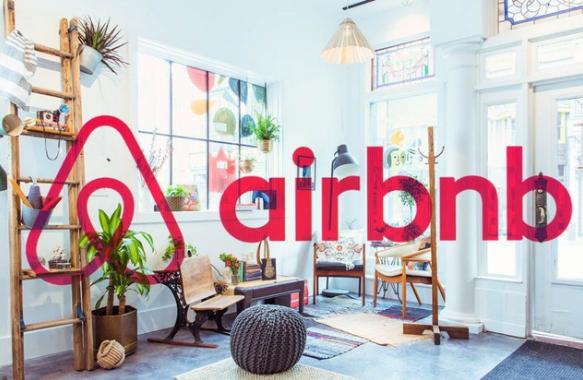 Airbnb: Cơ đồ 12 năm gây dựng gần như tiêu tan trong vài tuần - Ảnh 2.