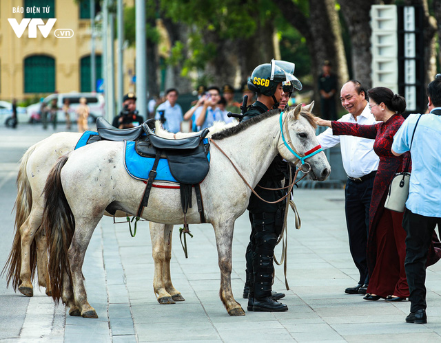 Đoàn Cảnh sát cơ động Kỵ binh sẽ có nhiệm vụ gì? - Ảnh 1.