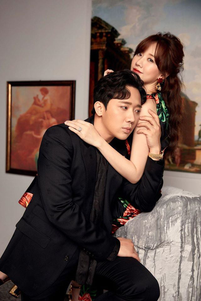 Trấn Thành ôm ấp Hari won trong bộ ảnh mới - ảnh 2