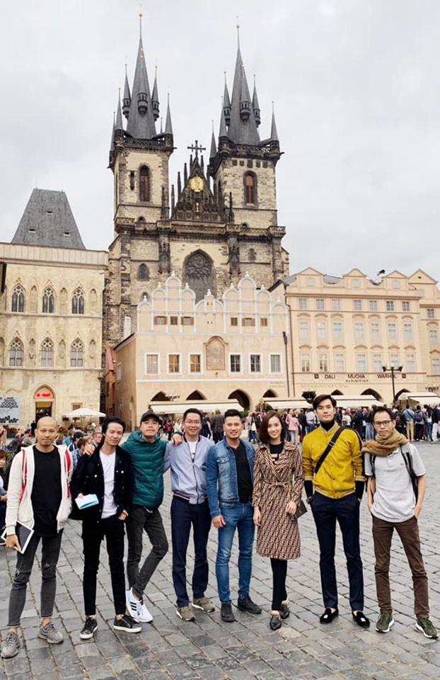 Nhớ Praha, Lã Thanh Huyền tung loạt ảnh hậu trường Tình yêu và tham vọng - Ảnh 14.