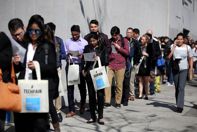 Kinh tế Mỹ mất đà phục hồi, thị trường lao động tiếp tục ảm đạm - Ảnh 1.